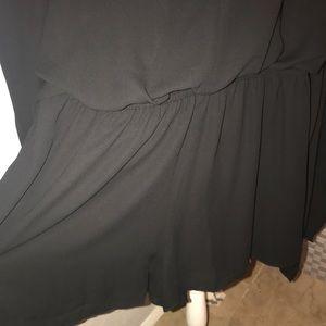 Express Pants - NWOT Black Romper ♣️